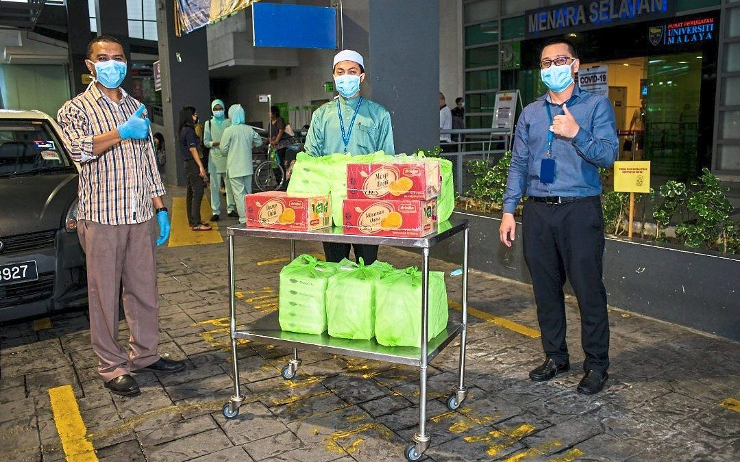 Citizens show kind side during virus crisis